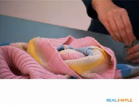How To Fix A Sweater Snag Video And Steps