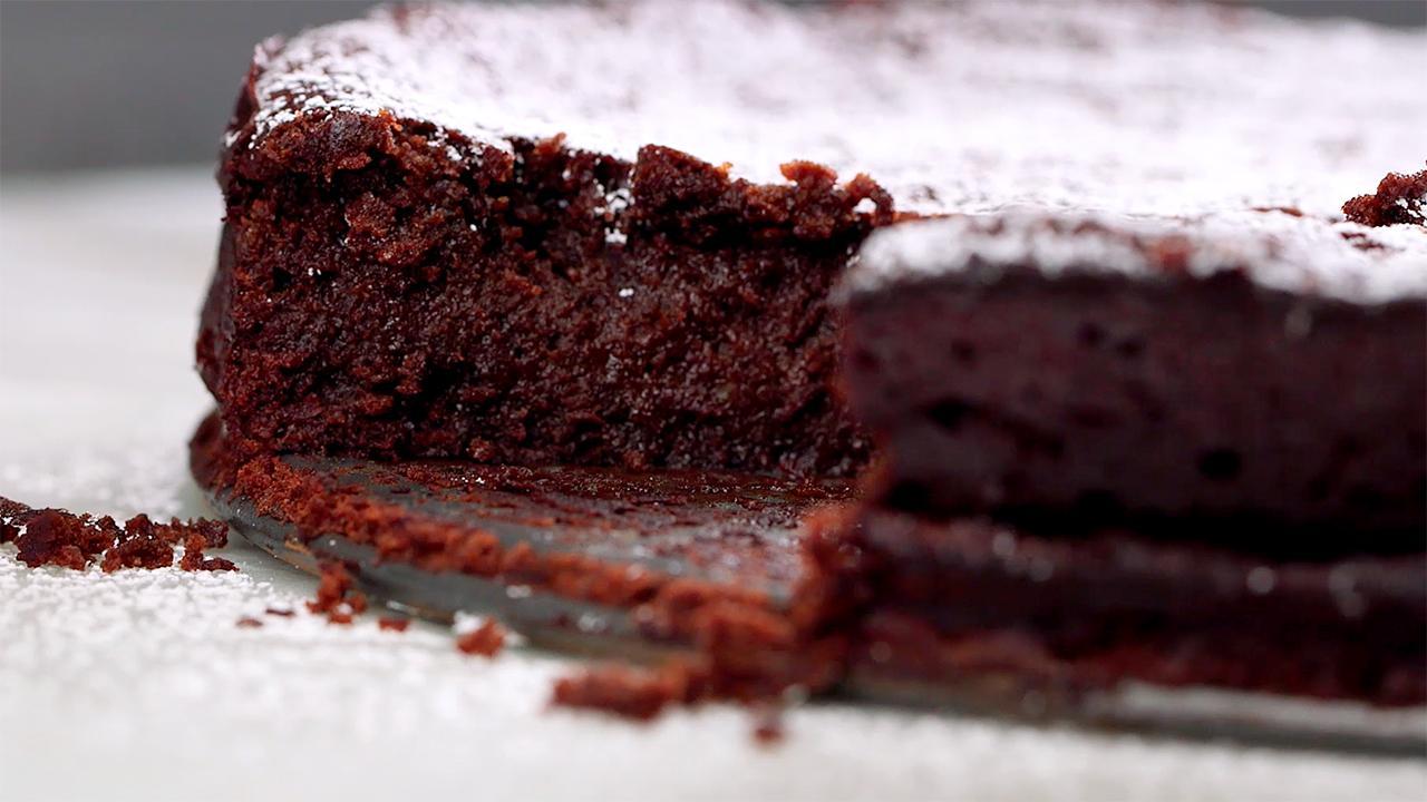 Torte Vs Flourless Cake Cake Recipe