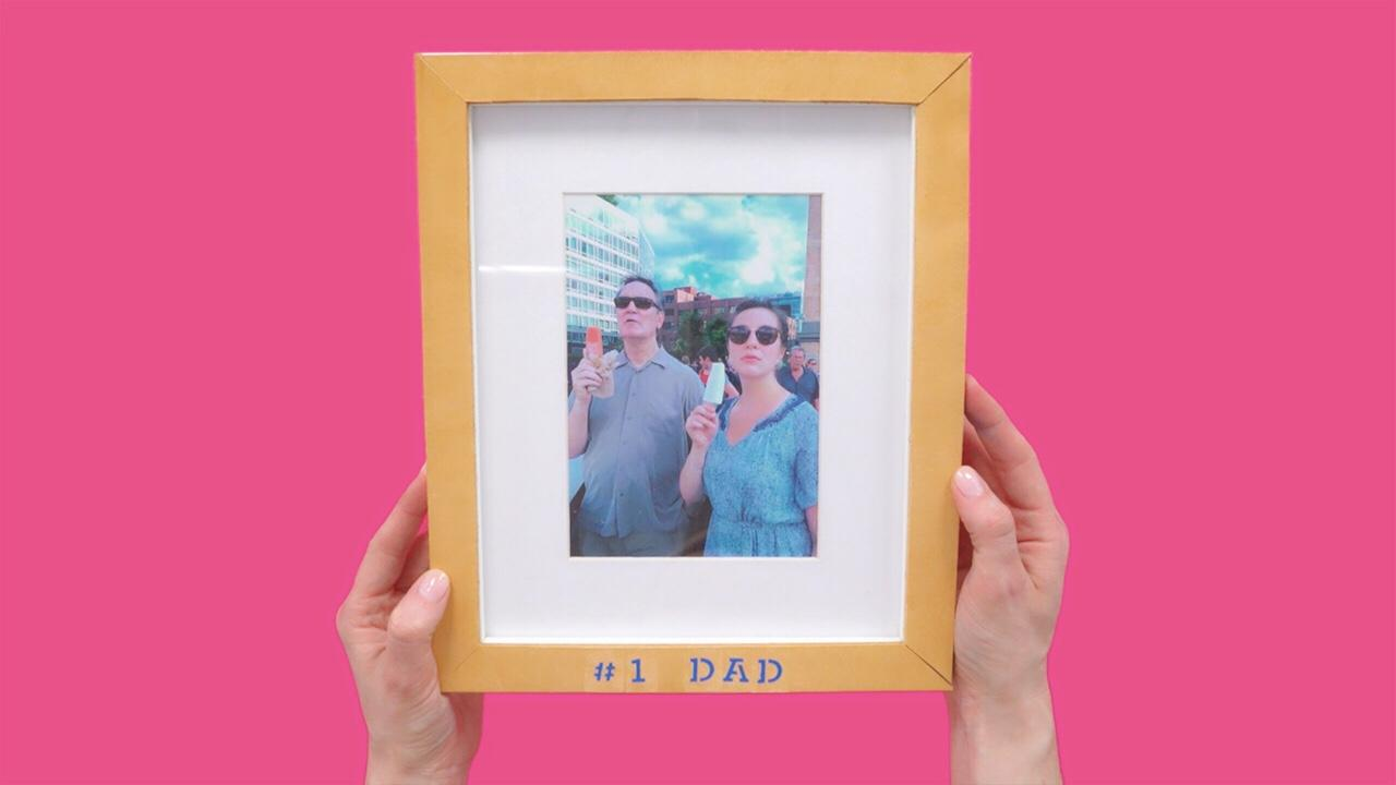 RELATED:DIY Leather Father's Day Frame